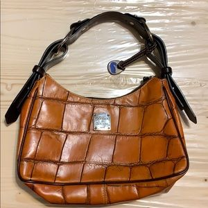 Dooney and Bourke medium purse